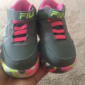 BRAND NEW FILAS SNEAKERS
